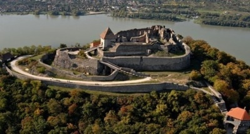 Hungary Danube Bend Tour with Visegrad Castle