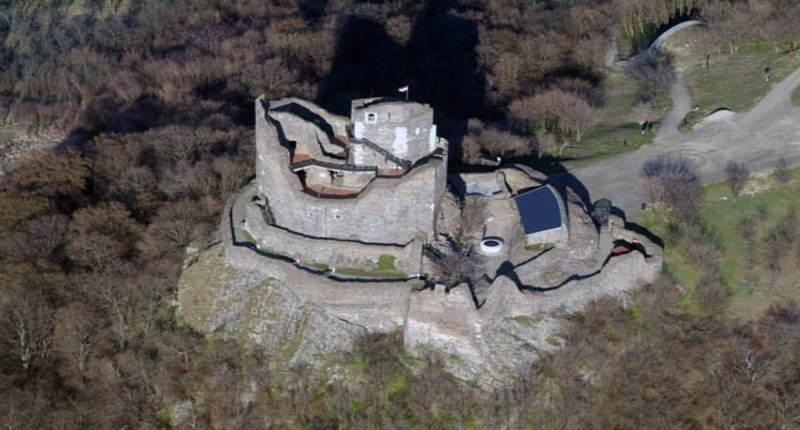Castle_of_holloko_hungary