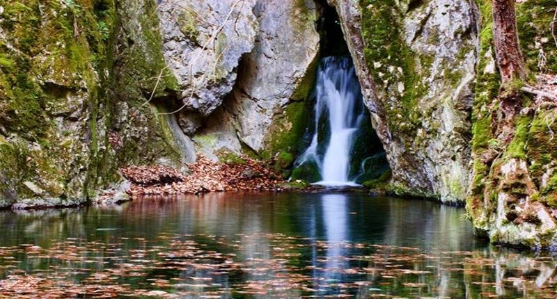 Bukk-nationalpark-waterfall-hungary