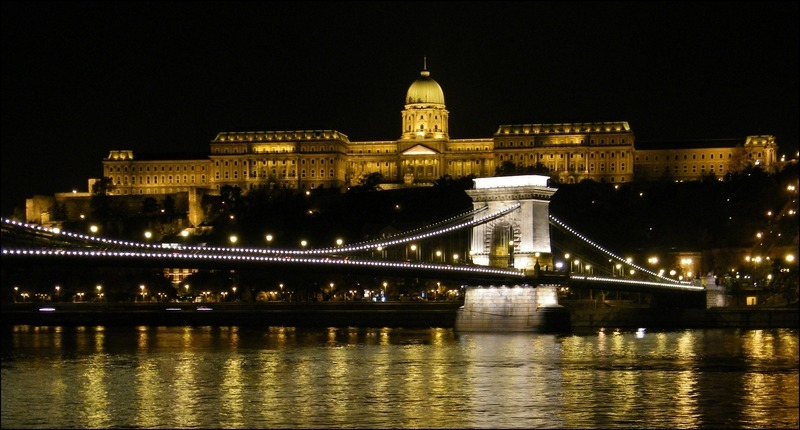 Budapest-chain-bridge-castle-hungary